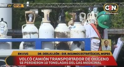 10 toneladas de oxígeno se pierden a causa de vuelco de camión