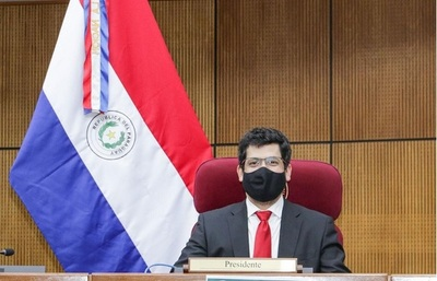 """Diputado Raúl Latorre afirma que seguirán """"moviendo cielo y tierra"""" por pacientes con covid"""