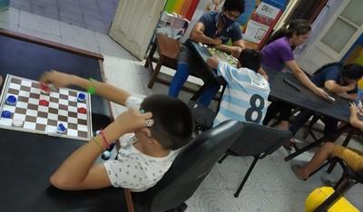 Minna coordina acciones para Programa de Acogimiento Familiar en Caaguazú
