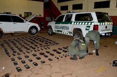 Dos PARAGUAYOS son detenidos en Argentina con 83 kilos de COCAINA y 26 kilos de MARIHUANA