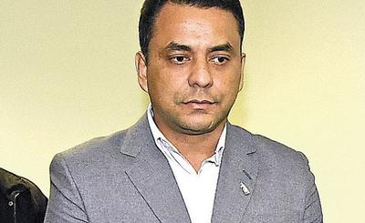 El ex diputado Carlos Sánchez será camillero en el Hospital de Trauma