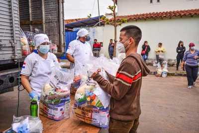 MEC distribuyó más de 41.000 kits alimenticios a 77 instituciones educativas de Capital