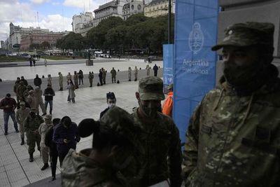 Argentina reporta 25.878 nuevos casos de covid-19 y 648 fallecimientos