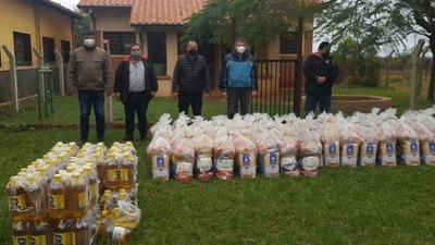 MUNICIPALIDAD DE SAN COSME INICIA ENTREGA DE KITS DE ALIMENTOS