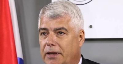 La Nación / MOPC atribuye a 85 máquinas el aumentazo en consumo de gasoil