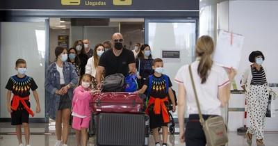 La Nación / Países de UE aprueban reapertura de fronteras a los turistas de EEUU
