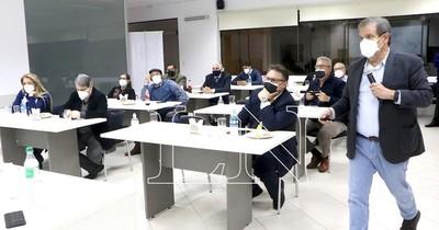 La Nación / Ex ministro afirma que pandemia agudizó la pobreza en la ciudad