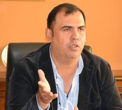 Habrían fraguado contrato de lotes comunales para salvar a Díaz Verón