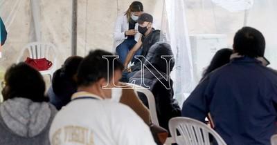 La Nación / COVID-19: destacan cantidad de vacunados en Itapúa, pero lamentan colapso en UTI