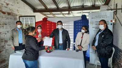 CAH otorgó asistencia financiera para productores y ganaderos de Puerto Casado