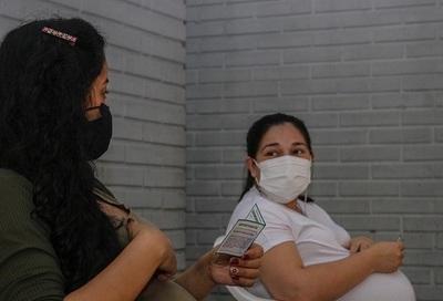 Más de 4.000 embarazadas ya fueron inmunizadas contra el Covid-19