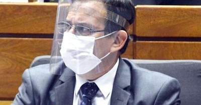 La Nación / Para diputado, es indignante que la ciudadanía recurra a campañas solidarias para compra de oxígeno