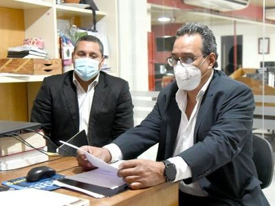Hugo Javier tiene tiempo hasta el lunes para presentar documentos