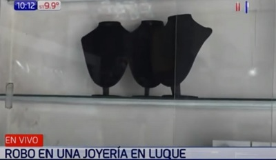 Roban joyería ubicada a pasos de comisaría en Luque