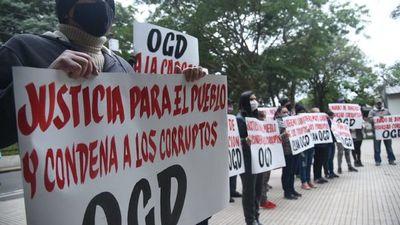 Ciudadanos exigen condena para el procesado Óscar Gonzalez Daher