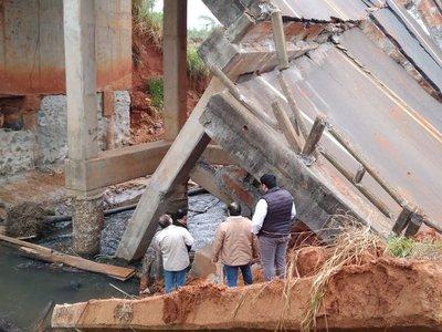 MOPC anuncia reconstrucción de puente en San Pedro