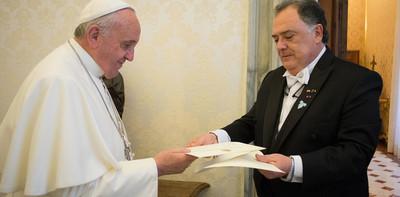 Audios vinculan al papa Francisco con operaciones políticas «K» en Argentina