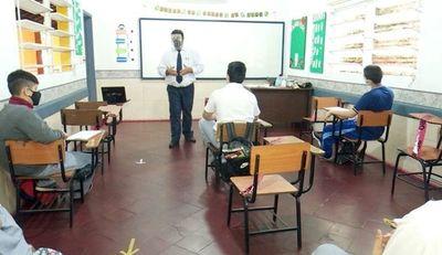 Covid: Unos 18.000 alumnos abandonaron las clases desde el inicio de la pandemia