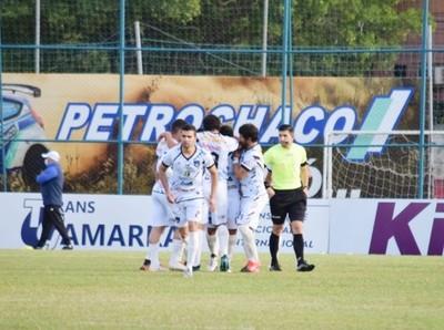 Atyrá FC sorprende al puntero