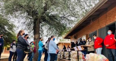 La Nación / Entregan kits de alimentos a más de 7.000 niños y niñas de Boquerón