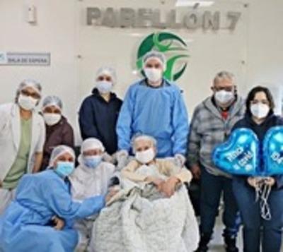 CDE: Con 104 años venció al coronavirus