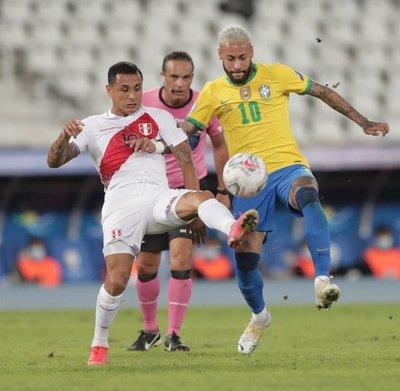 Así va la Copa América: Goleada de 4-0 sobre Perú pone a Brasil como líder del grupo B