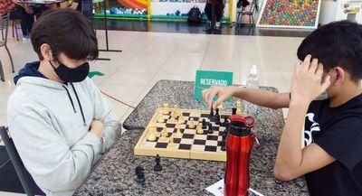 Ajedrez: Montiel gana en Shopping Mariano