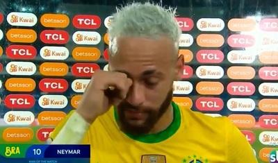 Neymar rompe en llanto tras goleada