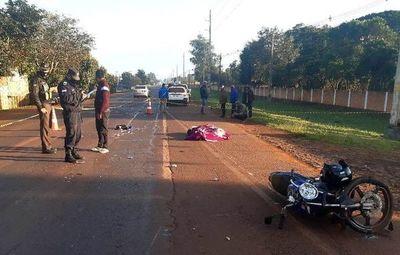 Motociclista murió y su acompañante quedó en grave estado