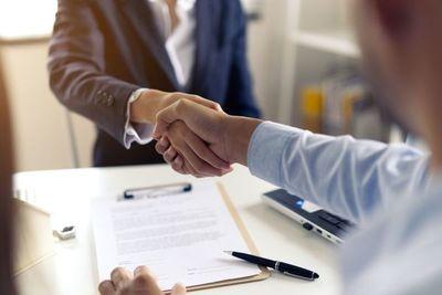 Financiera El Comercio inicia negociaciones para adquisición de Credicentro