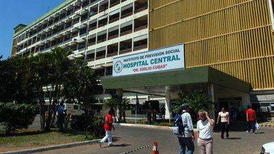 Asegurados de IPS denuncian falta de insumos básicos como algodón