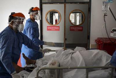Segunda ola de la pandemia dispara las muertes por covid-19 en Argentina