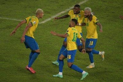 Brasil golea a Perú y se muestra imparable en la Copa