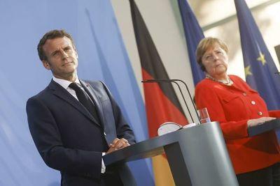 """Merkel y Macron piden máxima """"vigilancia"""" por las mutaciones en Reino Unido"""