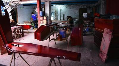 Carpinteros fabrican ataúdes en masa por muertes por Covid-19 – Prensa 5