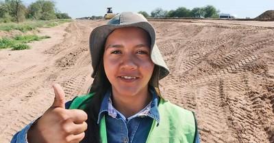 La Nación / Una mujer es capataz de obra por primera vez en la historia rutera del país