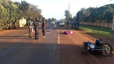 Motociclista fallece tras ser embestido por automóvil