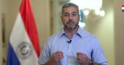 """La Nación / Político de la semana: Abdo Benítez y su """"santo aparte"""" ante el COVID-19"""