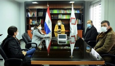 Fiscal General recibió a familiares de Analía con quienes conversó y puso al tanto de la investigación
