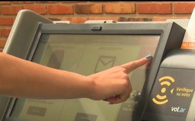 Alto Paraná: 308.572 colorados y casi 150.000 liberales están habilitados para votar en 22 distritos