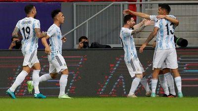 Argentina derrota a Uruguay y lidera el grupo de Paraguay