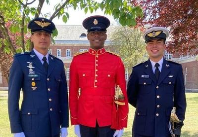 Militar concepcionero egresa de un curso en Inglaterra