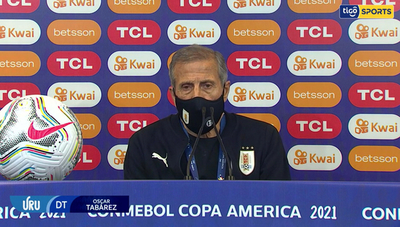 Tabárez analiza la caída ante Argentina