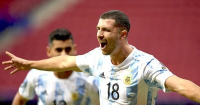 La Nación / Con Messi encendido, Argentina triunfa