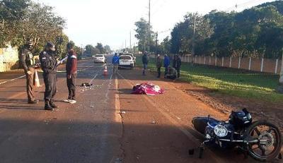 Motociclista muere y su acompañante sufre heridas tras ser embestidos por un automóvil – Diario TNPRESS