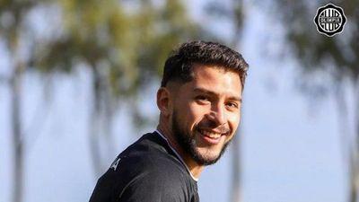Víctor Salazar ensaya y se perfila para la Copa Libertadores