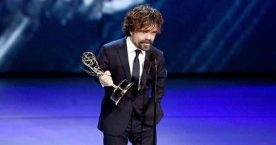 """¡Peter Dinklage comparte sus secretos! La estrella de """"Game of Thrones"""" revela las claves de su éxito"""