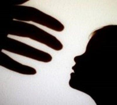 Muere niña en UTI por abuso