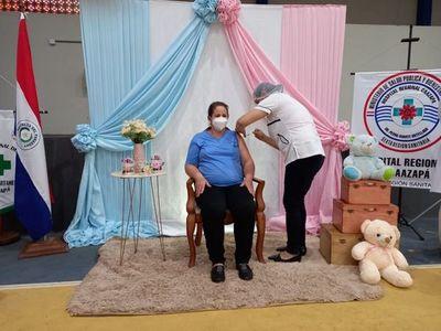 Fueron vacunadas 40 embarazadas en Caazapá