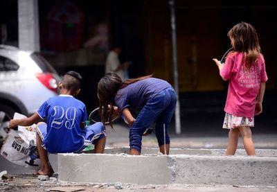 Juez ordena a autoridades que refugien a niños que estén en las calles de Asunción